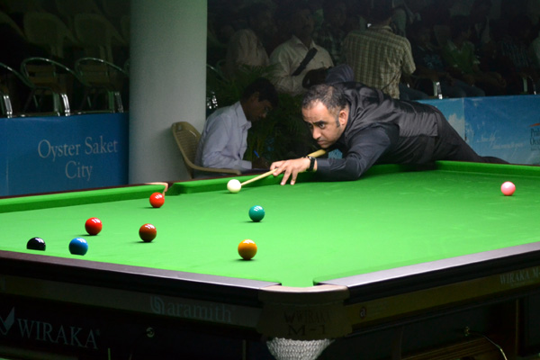 Description: http://www.cuesportsindia.com/global/2011/acbs/images/asiansnooker/Day2-12.JPG