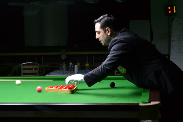 Description: http://www.cuesportsindia.com/global/2011/acbs/images/asiansnooker/Day2-3.JPG