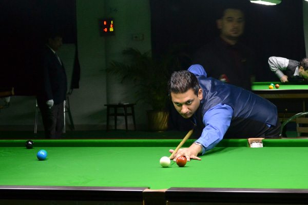 Description: http://cuesportsindia.com/global/2011/acbs/images/asiansnooker/Day3-11.JPG