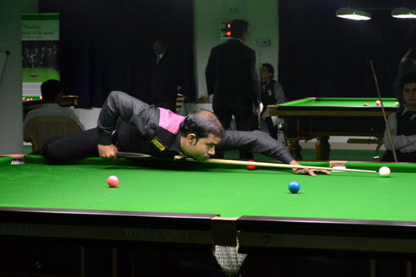 Description: http://cuesportsindia.com/global/2011/acbs/images/asiansnooker/Day3-14.JPG