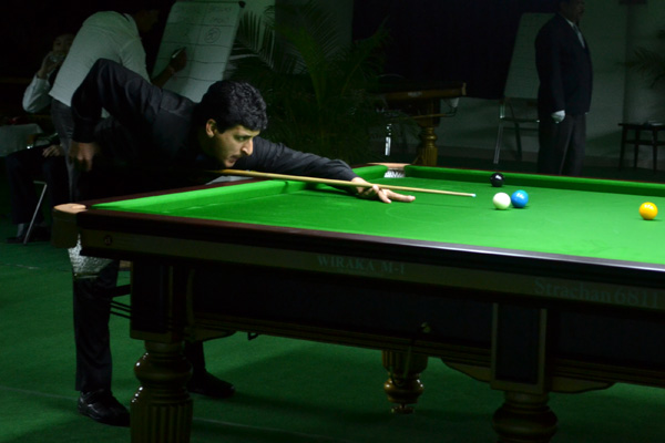 Description: http://cuesportsindia.com/global/2011/acbs/images/asiansnooker/Day3-9.JPG