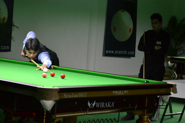 Description: http://cuesportsindia.com/global/2011/acbs/images/asiansnooker/Day4-14.JPG
