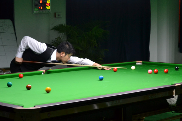 Description: http://cuesportsindia.com/global/2011/acbs/images/asiansnooker/Day4-9.JPG